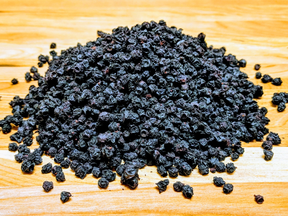 Dehydrated wild blueberries